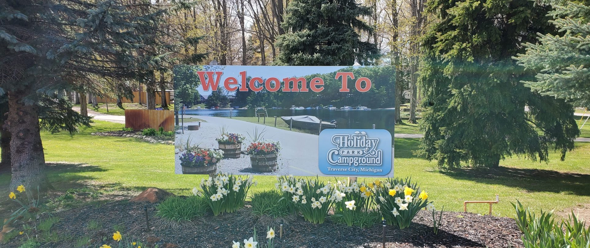 Welcome to Holiday Park Campground